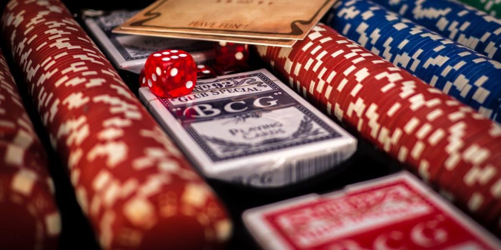 Yes, He Can Read Your Poker Face! Your Online Internet Poker Tells