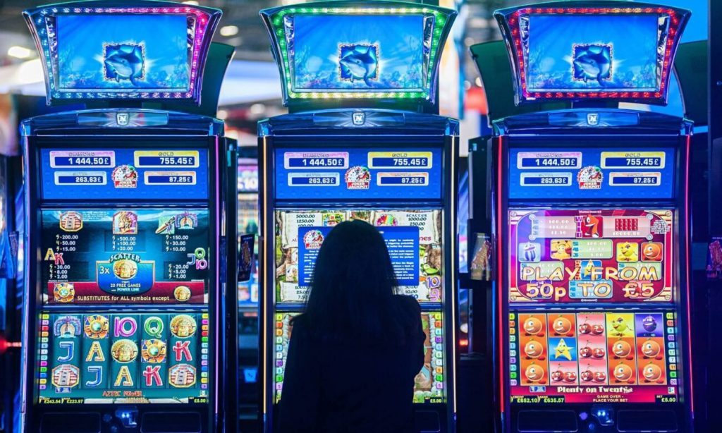 Why Everyone Is Speaking About Casino